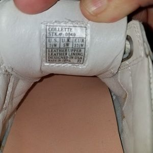Dr. Comfort Shoes - Womens size 7 Wide Dr. COMFORT shoes